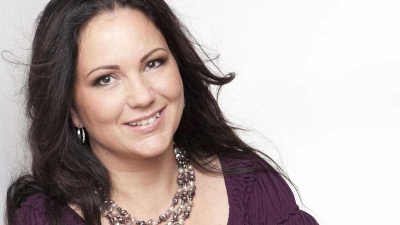 Elaine Breske Hirscher. Författad av Annika Wihlborg