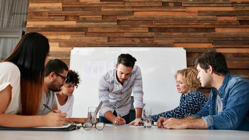 Företagsrekonstruktion och avtal – så fungerar det