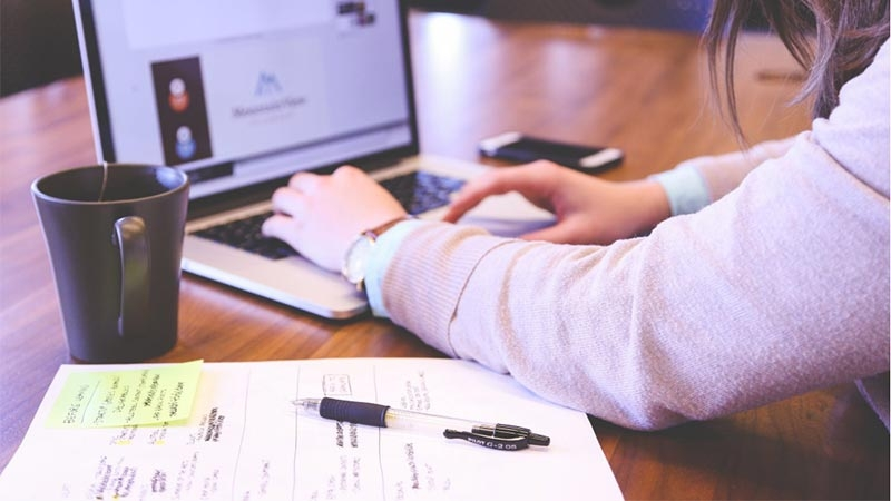 Tips för företagare som råkat illa ut på Internet