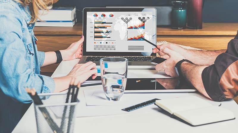 Tre nyckelfaktorer som påverkar företagsförsäljningen