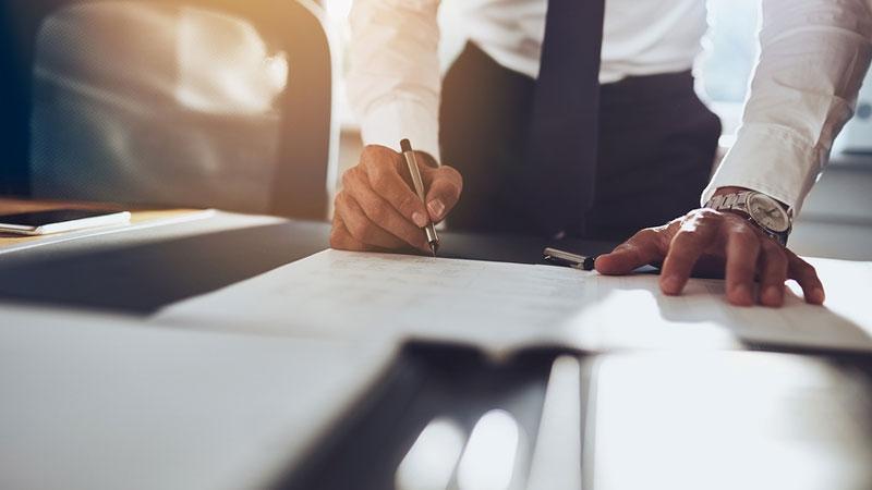 Avtalsrättens grundläggande principer - Guide till en värld av avtal