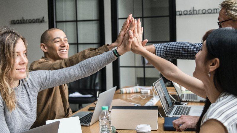 Den Gyllene Regeln: Nöjdare medarbetare ökar din organisations värde