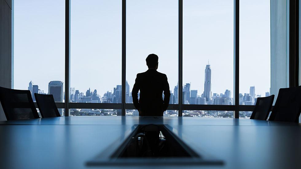 Vid hög vinst, sänk skatten genom att låta bolaget vila i fem år